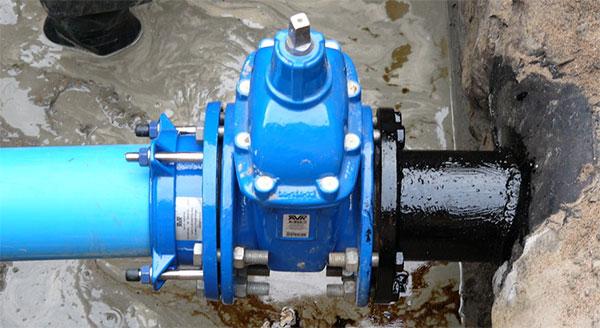 установка задвижек на трубопроводах из стальных труб